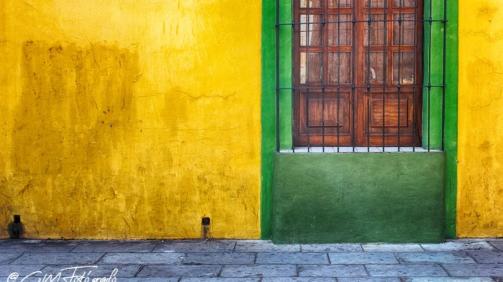 Verde en amarillo